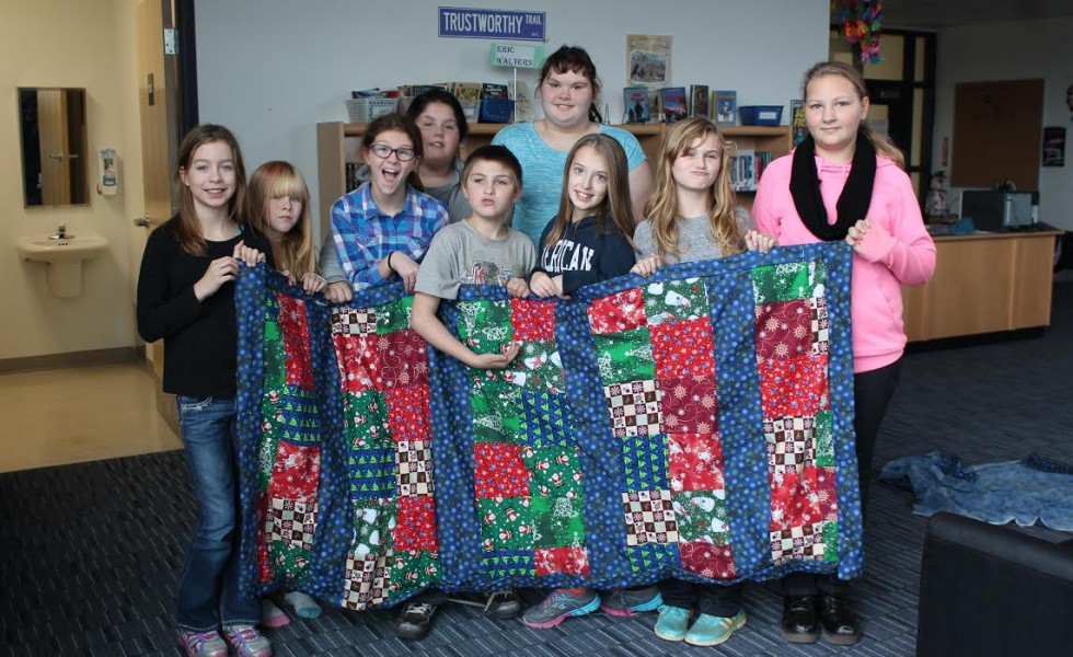 Students&Quilt